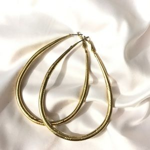 New teardrop oversized gold color ear hoops